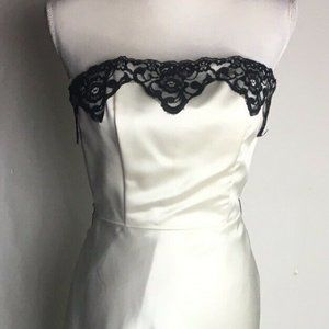 Jessica McClintock Strapless White/Black Lace Gown